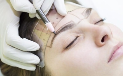 Microblading: The Latest Trend in Eyebrow Fashion